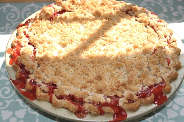 Strawberry Rhubarb Pie at The Pie Academy