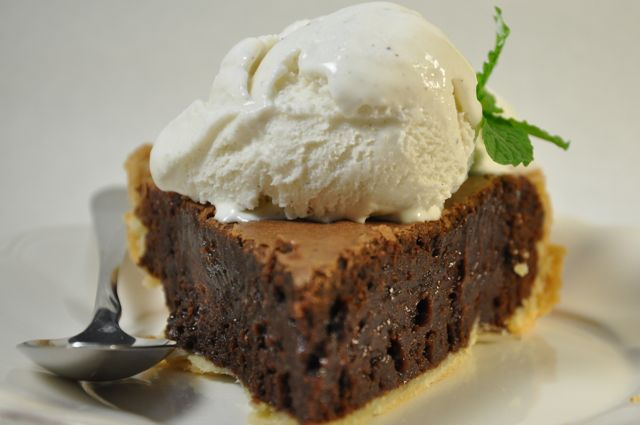 Mint Chocolate Brownie Pie at ThePieAcademy.com