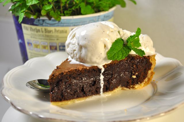 Mint Chocolate Brownie Pie at The Pie Academy