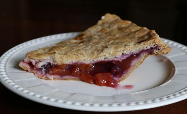 Double Crust Peach Berry Pie